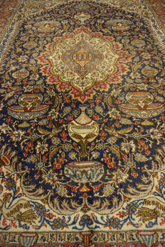 """Magnificent Persian palace carpet vase illustrations Kashmar 260 x 340 cm made in Iran end of the 20th century """"signed"""""""