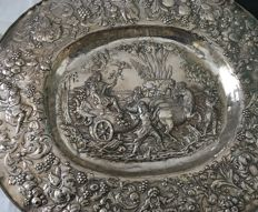 Display plate in silver Hanau 1880