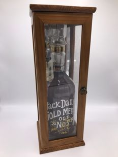 Jack Daniel's 1904 Gold medal in wood box - SIGNED - decanter - 1750ml