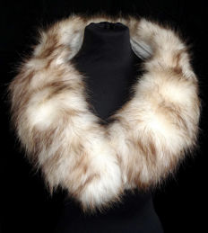 Beautiful soft opossum fur collar Stole Wrap fur wrap collar shawl light cream white