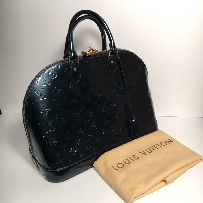 47cd73298 Louis Vuitton - Alma Vernis Monogram Saco de compras - Catawiki