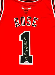 Derrick Rose #1 / Chicago Bulls - Authentic Signed Jersey - with Certificate of Authenticity PSA/DNA