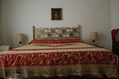 Antique bedspread with decorations of Cantu and Damascus, made at the end of 1800, handmade, origin Sicily (Italy)
