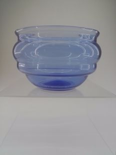 Daum - Blue glass bowl