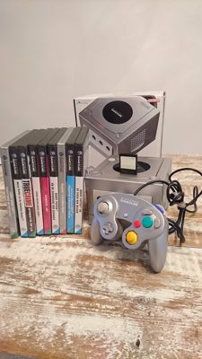 Nintendo Gamecube complete with 9 games