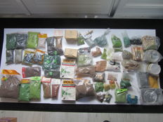 Pola/Heki/Busch/Noch/Faller -Package with litter material for landscape construction