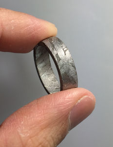 Meteorite ring Seymchan with Widmanstatten pattern - 6g