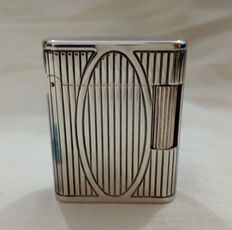 S.T. Dupont Paris silver plated lighter - unsold stock - includes 8 original Dupont flints - No reserve price