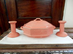 Bordallo PInheiro - A Set of Tureen and Two Candle Holders