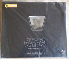 Star Wars The Clone Wars - Gentle Giant - 2010 - Action Figure Xpress Exclusive - Commander Bly - limited edition maquette nr 372 of 1500 - factory sealed