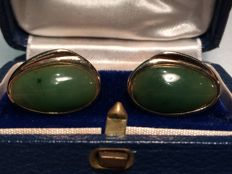 Cufflinks in 375 gold and Jade Nephrite