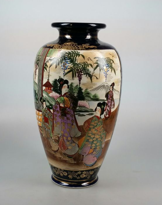 Satsuma Vase Marked Kinkozan Japan Ca 1920 Catawiki