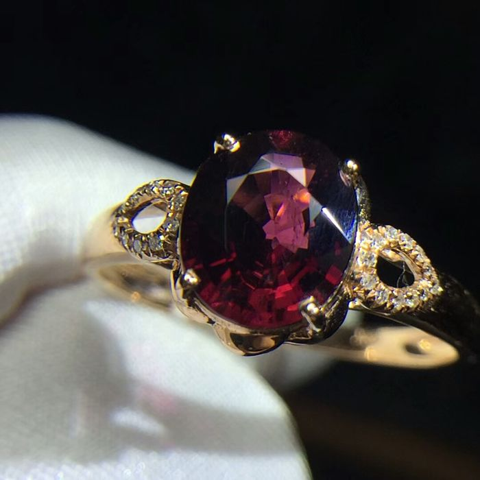 1.7 Carat Tourmaline Ring In 18K Solid Gold with Diamond; Ring Size: 6.75US - Free Resizing