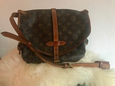 Louis Vuitton - Saumur 30 Shoulder bag / Cross-body bag