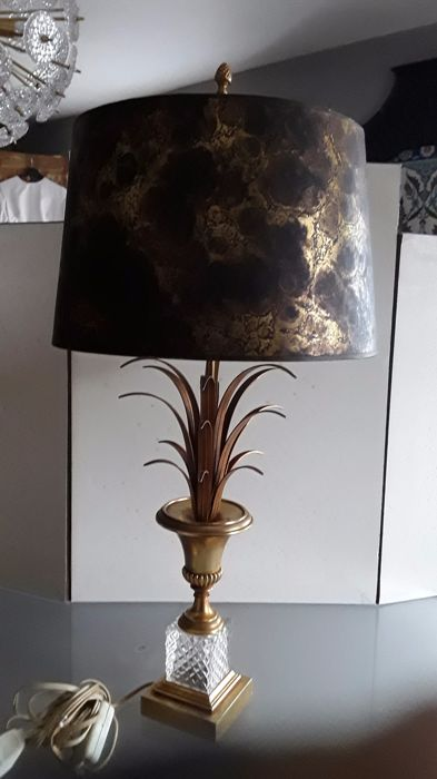 Boulanger Reed Pineapple And Crystal Table Lamp And Golden Bronze