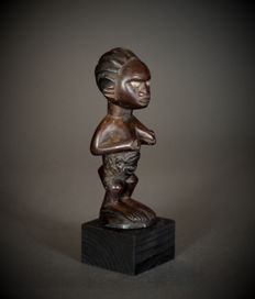 African Tribal BEMBE or BABEMBE Feminine Figure. Democratic Republic of the Congo.
