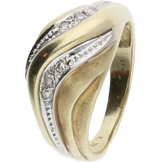 18 kt Yellow gold ring set with 6 brilliant cut diamonds of approx. 0.04 ct in total - ring size: 17.25 mm