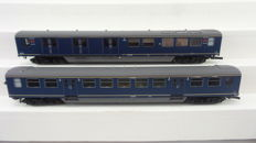 Artitec H0 - 20.150.04/20.153.03 - Set of two carriages Plan-E, 2nd class and Post carriage of the NS with interior lighting