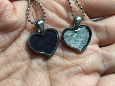 Pair of meteorite pendant iron Muonionalusta hearts - 5g (2)