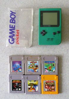 Gameboy Pocket B/W in original transparent box with 6 games.