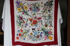 Gucci - silk foulard, Made in Italy, design: V. Arcconero