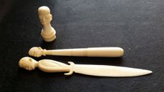 Desk set in ivory - Unknown Origin - paper-cutting knife,  Pen and a Seal for sealing stamp (3)