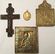 Nifont, Russia, with bicolour enamels, 19th century - Crucifix, 18th/19th century - St. Nicholas and Christ King of Kings, 19th century - Medal from 1883