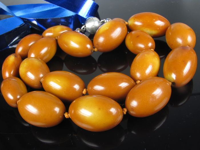 Amber olive silver necklace, 66 grams