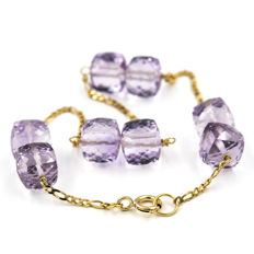 18 kt (750/000) Yellow gold - Bracelet - Faceted amethysts - Length 19 cm (approx.)