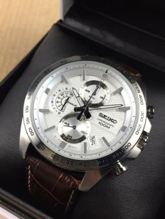Seiko Chronograph Quartz SSB263P1 – men's wristwatch