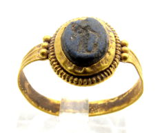 Ancient Roman Gold Ring  with Intaglio Stone of Fortuna - WEARABLE GIFT WITH GIFT BOX - 17 mm