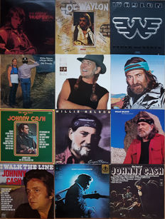 Johnny Cash, Willie Nelson and Waylon Jennings: 12 original vinyl albums. Bonus: DVD Walk the Line (Story of Johnny Cash)