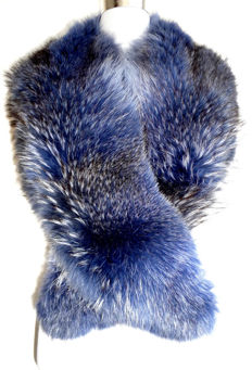 Stylish blue dyed fur stole, fur collar, Finnish stole, raccoon, like fox fur