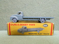 Dublo Dinky Toys - Scale 1/76 - Bedford Flat Truck No.066