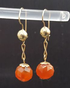 Antique gold earrings with Carnelian