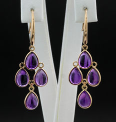 A pair of very decorative amethyst earrings, total of 6.37 carat, 750 rose gold ---no reserve price---