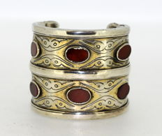 Antique Early 20th Century Silver Plate Gilded and Carnelian Bangle, Turkmenistan