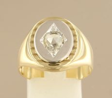 14 kt bi-colour gold men's ring, set with a rose cut diamond, approx. 0.56 ct in total