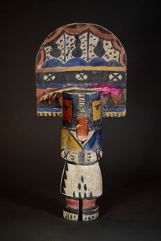 Big KACHINA Doll Folk Art HOPI Indians. Amerindians ; USA.