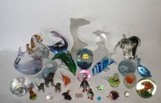 Collection 30 pieces, glass objects partially Murano, collection 7400 g, paperweight figures lot