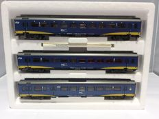Marklin H0 - 42643 - Express train set of which two wagons have interior lighting 2320.