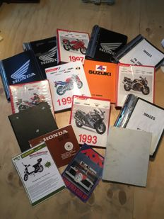 Collection of Honda motorcycle folders - ca. 1950