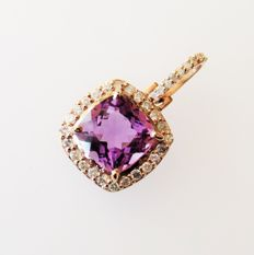 14kt rose gold pendant with amethyst & diamonds (G, SI 1), together 3.07ct