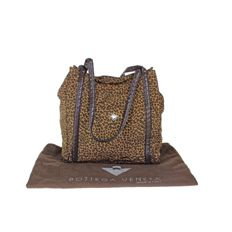 Bottega Veneta - Leopard print shoulder bag - *No Minimum Price*