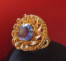 18 kt yellow gold vintage ring with blue zircon
