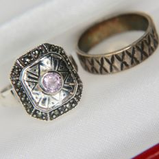 ca. 1920/1940 Art Deco handcrafted ring with round faceted Amethyst and marquisette stones and Engagement Silver + gold plated ring with decor.