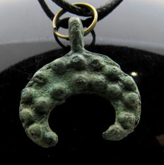 Medieval Period - Viking Decorated  Lunar Pendant - WEARABLE GIFT WITH GIFT BAG - 27mm