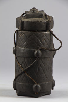 Kindi ceremonial pot - LEGA - DRC, former Zaire