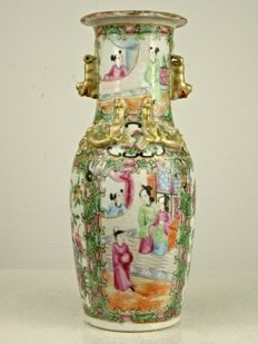 Fine Canton Vase - China - Republic Period