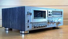 Aiwa AD-L300E fully automatic cassette deck, made in Japan 1983